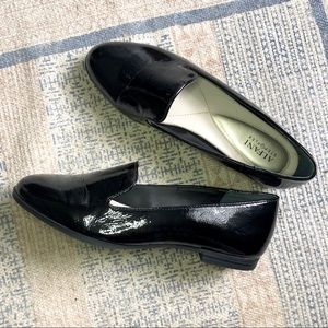 NIB Black Alfani Loafers